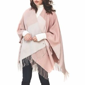 NWT SOIA & KYO Woven Scarf with Fringe